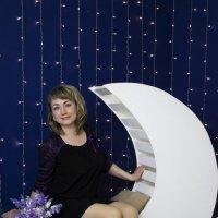 Девушка на луне :: Ната Коротченко