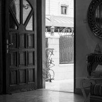 За дверью :: Kristina Suvorova