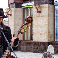Музыка в метро и на улицах столицы. :: Лара ***