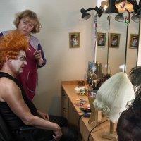 Подготовка к спектаклю :: Дмитрий Бурматов
