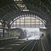 старинный вокзал :: Елена