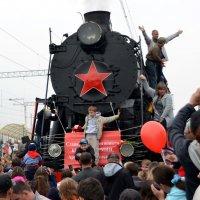 Прибытие поезда Победы :: Ольга Голубева