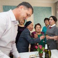 На банкете :: Dmitriy Predybailo