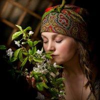 Приятный запах весны.. :: Alekc___