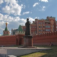 Памятник Федору Иоановичу. Йошкар-Ола :: MILAV V