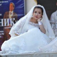 Невеста отдыхает... :: Алтай Сейтмагзимов