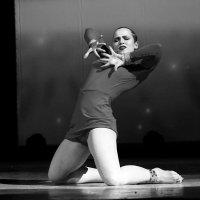 танец :: Владимир Юдин
