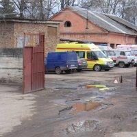 Дорога в больницу в г. Великие Луки - позор России... :: Владимир Павлов