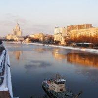 вид с Большого Краснохолмского моста :: Анна Воробьева