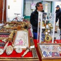 Торговец историей :: M Marikfoto