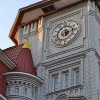 Школьные часы :: Mariya Zazerkalnaya