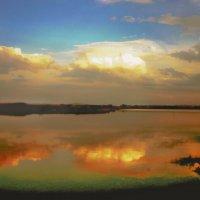 Озеро на закате :: юрий Амосов