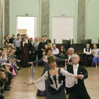 Сжатая пружина перед началом танца :: Александр Рябчиков