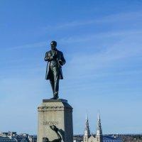 Монумент Д.Брауну (1818 – 1880) . Оттава. Канада :: Юрий Поляков