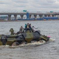 Прогулка на бронетранспортере (Боевая сталь 2017) :: Михаил Сергеевич Карузин