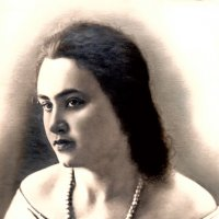Моя Бабушка в Молодости :: Alexander Dementev