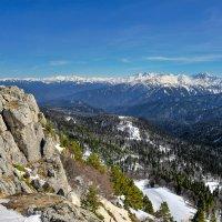 Вид с плато Лаго-Наки на Большой Кавказский хребет :: anatoly Gaponenko