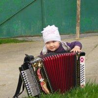 Играй гармонь, играй! :: Олег