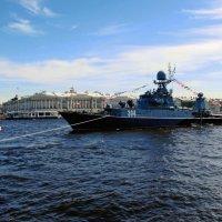 Ещё 5 мая на  Неве :: Ирина Румянцева