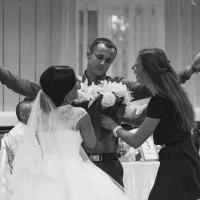 Певец на свадьбе :: Vladimir Donchenko
