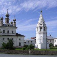 Кремль в Юрьев-Польском :: Владимир Безбородов