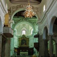 Интерьер церкви Cattedrale Maria San Annunziata :: Galina