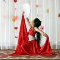 Испанский танец :: Михаил Костоломов
