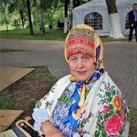 Народная мастерица :: Валерий Талашов