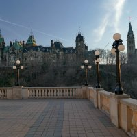 Вечерний вид на парламентский комплекс с балкона отеля Шато Лорье (Оттава, Канада) :: Юрий Поляков