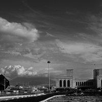 Стоянка параходика на фоне Визувия :: M Marikfoto
