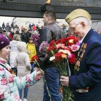 Цветы для ветерана :: Aнна Зарубина