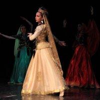 Аварский танец.. :: Колибри М