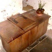 Средневековый туалет :: Марина Домосилецкая