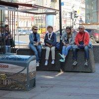 Питер - город красивый, большой, но и ноги не казенные :: Senior Веселков Петр