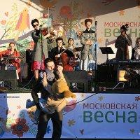 завораживающая музыка,а слова... :: Олег Лукьянов