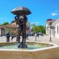 Феодосия фонтан влюбленых :: Эдуард Тищенко