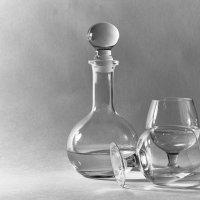 Some experiments with glass :: Алекандр Зиновьев