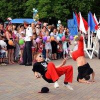 Танцуем брейк данс! :: Владимир Болдырев