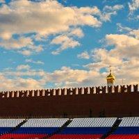 Купола в России кроют чистым золотом... :: Анатолий Шулков