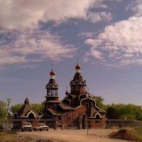 Храм в полдень :: Мила Бовкун