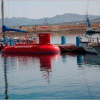 Красная подводная лодка. :: Lmark