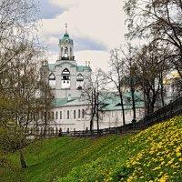 Майское утро в старом городе :: Николай Белавин