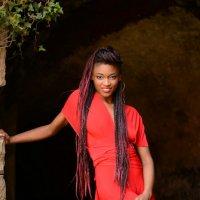 Helen Ndiaye :: Natalia Kalyva