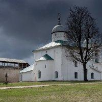 Изборская крепость :: Viktor Makarov