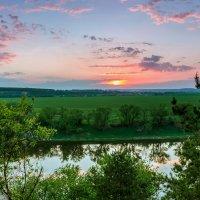 Краски на закате :: Юрий Стародубцев
