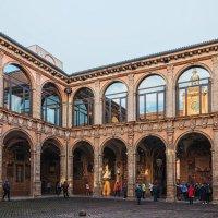 Университет Болоньи. Внутренний двор. :: Надежда Лаптева