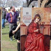 Современным  девушкам хочется хотя бы  на  фото  стать благородной  дамой ! :: Виталий Селиванов
