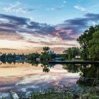 Spring evening on a pond :: Dmitry Ozersky