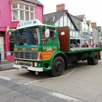 Leyland Super Comet :: Natalia Harries
