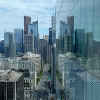 Реальность и отражение (Торонто, Канада) :: Юрий Поляков